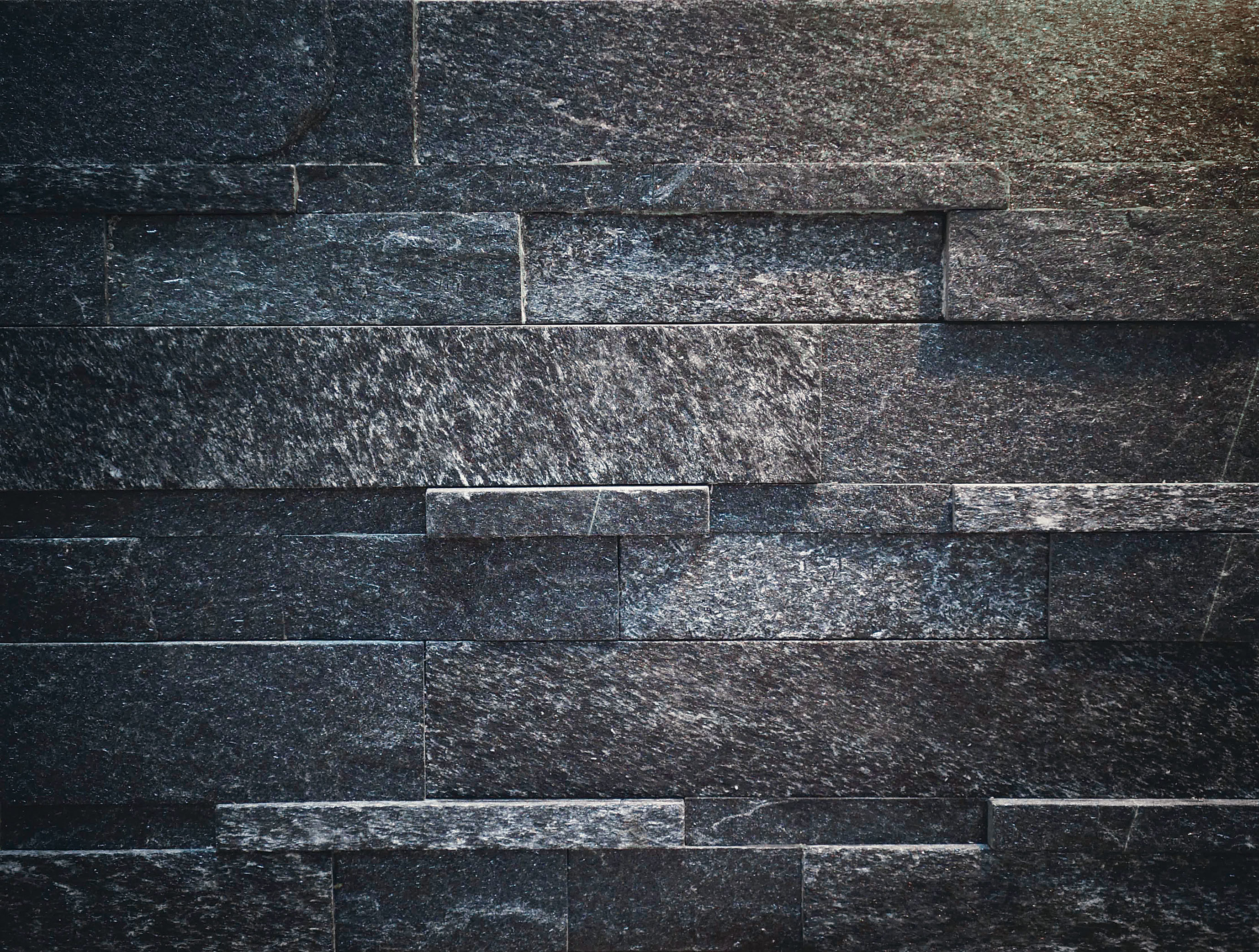 BLACK DIAMOND [QUARTZ SITE]   ブラックダイヤモンド (クォ-ツサイト)